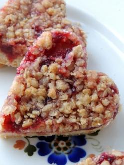 Crumblebars med lingonberry